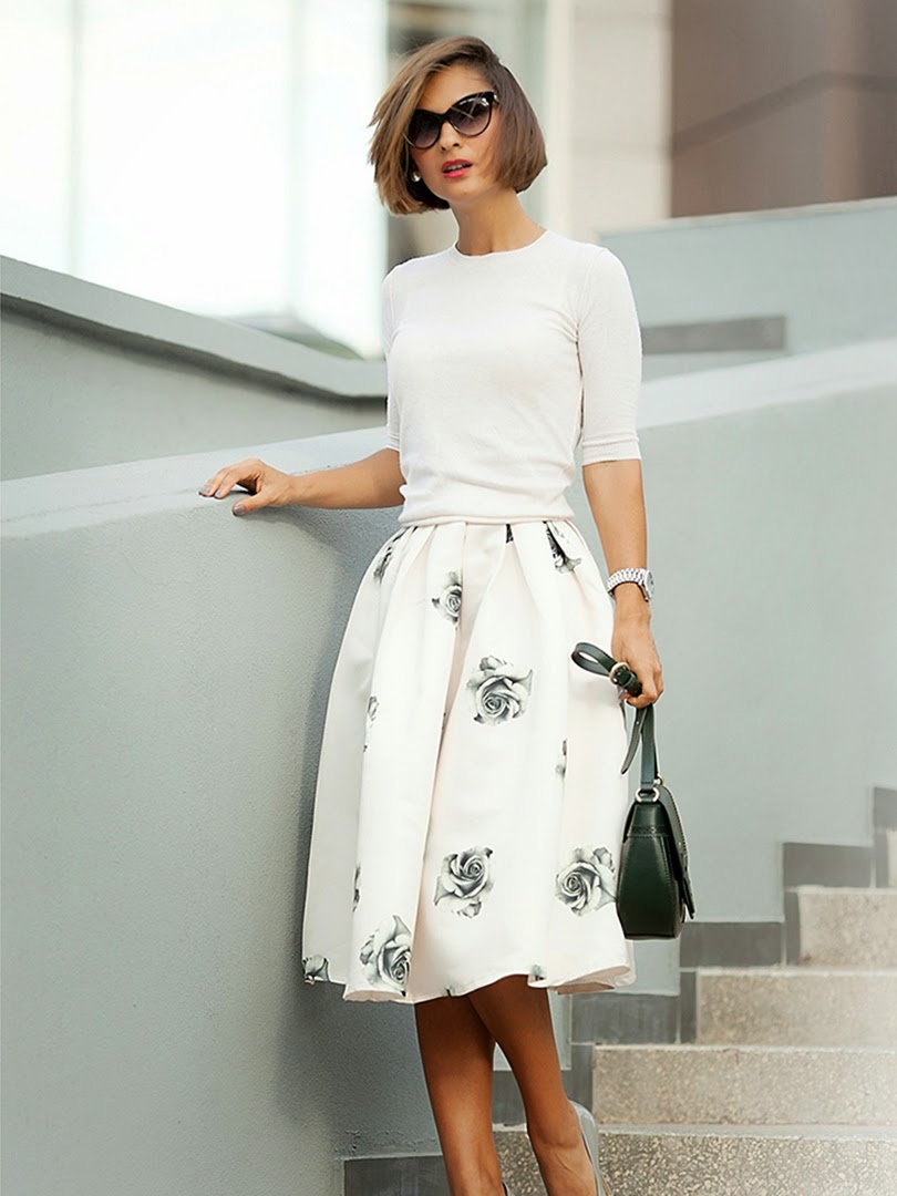 http://www.choies.com/product/black-rose-print-flare-skirt-in-pink_p26029